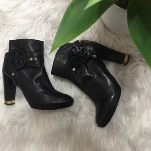 Tory Burch black leather heeled booties 71/2